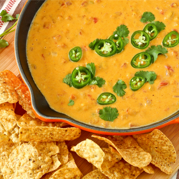 Butternut Squash Queso Dip-featured image
